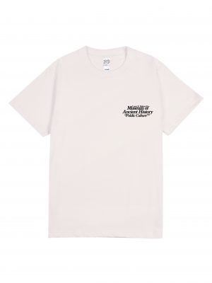MUSEUM TEE – BW (FRONT)